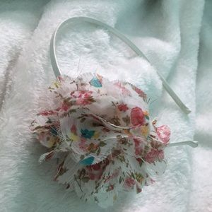 Beautiful flower head band